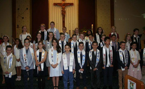 Life and faith image of students in church